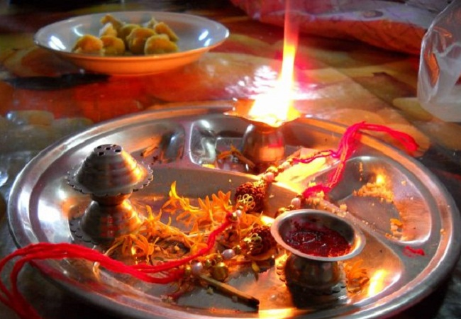 PunjabKesari, PunjabKesari, Kundli Tv, Raksha Bandhan, Rakhi, Raksha Bandhan 2019, Raksha Bandhan Mantra, Rakhi 2019, राखी, रक्षा बंधन, Rakhi Puja Thaal, राखी पूजा थाल