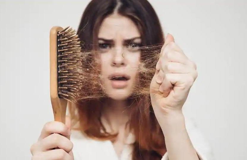 PunjabKesari, Hair Fall Image, Saffron Water Image, केसर वाला पानी इमेज, केसर के फायदे इमेज