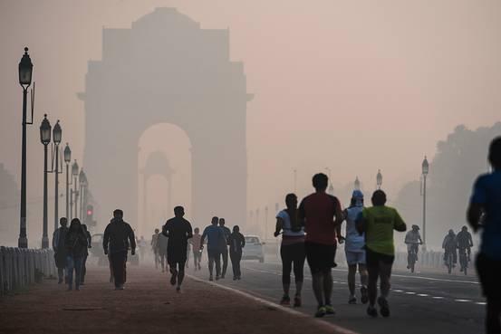 PunjabKesari, Nari, Air Pollution, Morning Walk, Health Tips Image