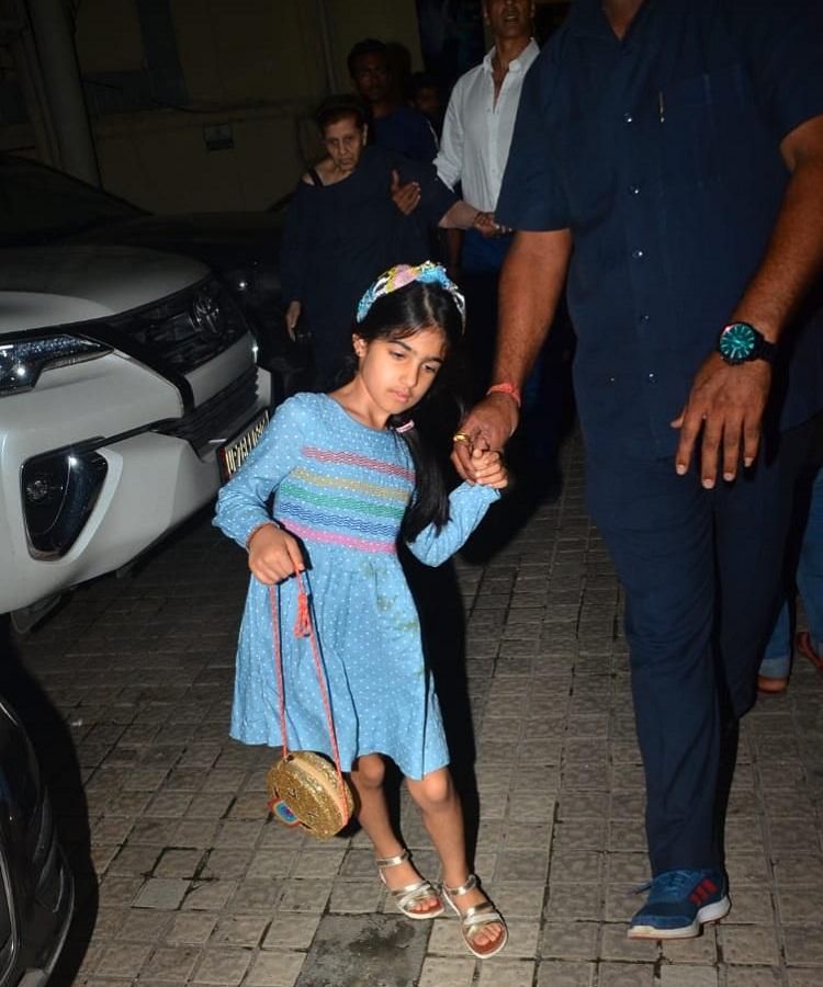 Bollywood Tadka,akshay kumar image, akshay kumar photo, akshay kumar pictures,Twinkle Khanna image, Twinkle Khanna photo, Twinkle Khanna pictures