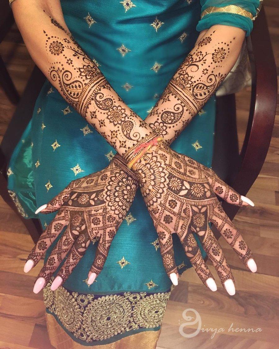 PunjabKesari, सिंपल मेहंदी डिजाइन इमेज, सिंपल मेहंदी डिजाइन फोटो,Simple Mehndi Designs for Back Hands Image, सिंपल मेहंदी डिजाइन फॉर बैक हैंडइमेज