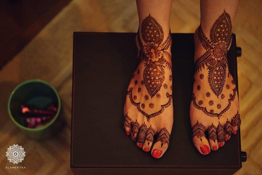 PunjabKesari, सिंपल मेहंदी डिजाइन इमेज, Simple Mehndi Design for Foot, सिंपल मेहंदी डिजाइन फॉर फुट