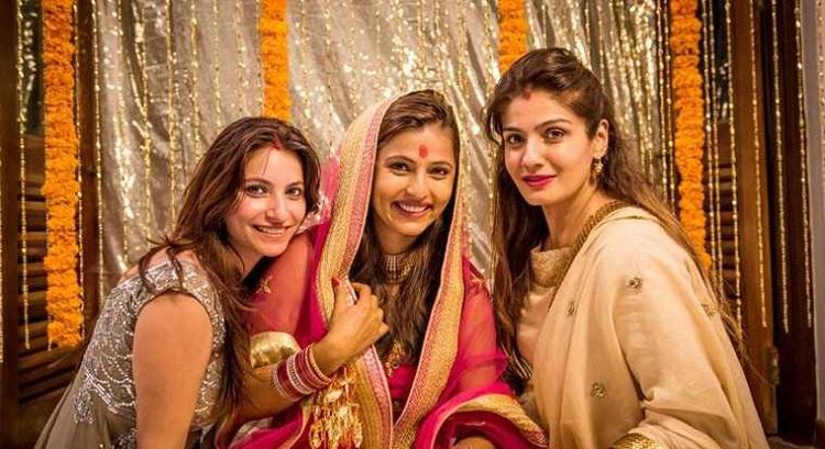Bollywood Tadka,रवीना टंडन इमेज,रवीना टंडन फोटो,रवीना टंडन पिक्चर