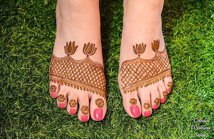 PunjabKesari, Foot Mehndi Design Image ,फुट मेहंदीडिजाइनइमेज