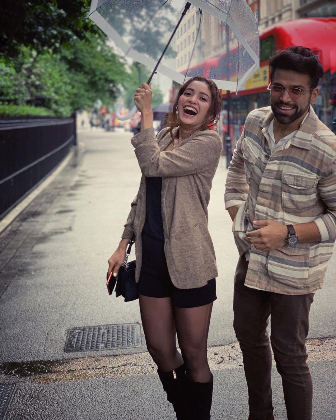 Bollywood Tadka,ऋत्विक धनजानी इमेज,ऋत्विक धनजानी फोटो,ऋत्विक धनजानी पिक्चर, आशा नेगी इमेज,आशा नेगी फोटो,आशा नेगी पिक्चर,