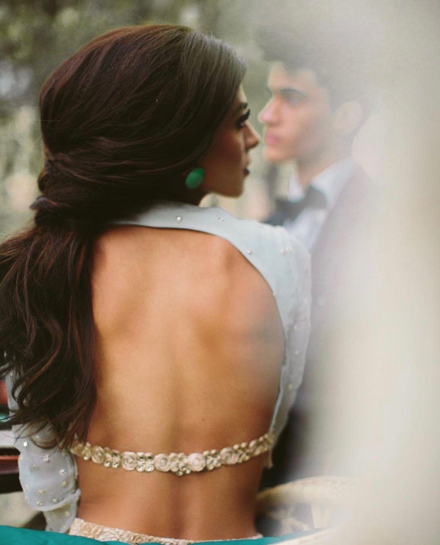 PunjabKesari, Backless blouse design image with net,बेकलेस ब्लाउजडिजाइन इमेज विथ नेट