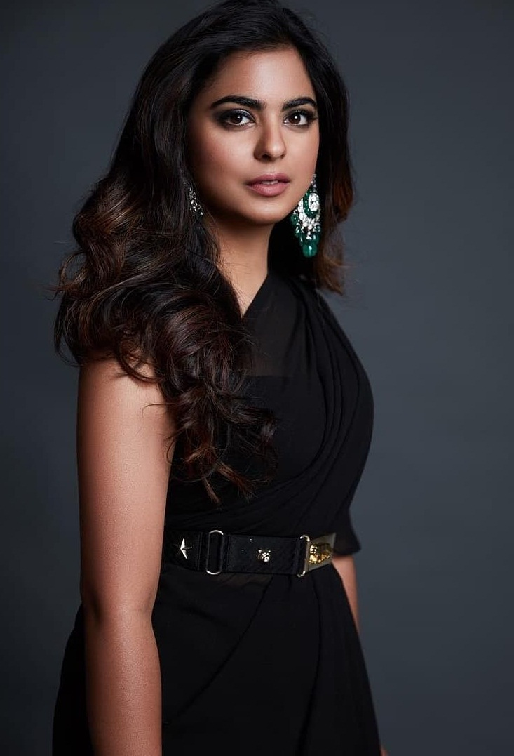 Bollywood Tadka,ईशा अंबानी इमेज, ईशा अंबानी फोटो,ईशा अंबानी पिक्चर