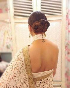 PunjabKesari, Backless blouse design for saree image, बैकलेस ब्लाउज डिजाइन फॉर साड़ी इमेज