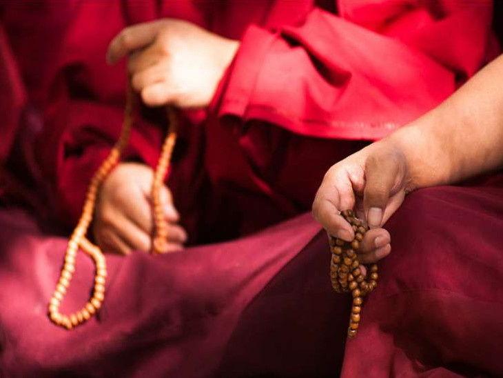 PunjabKesari, Mantra, Planets Mantra, Special mantra to avoid enemies, Mantra Bhajan Arti, Vedic Mantra In Hindi, Mantra Ucharan In Hindi, Slokas and Mantras