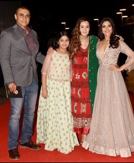 Bollywood Tadka,प्रनूतन इमेज,प्रनूतन फोटो,प्रनूतन पिक्चर