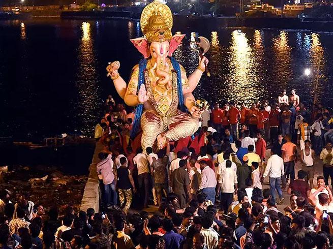 PunjabKesari, Ganpati Visarjan, Ganpati Visarjan Muhurta, गणपति विसर्जन शुभ मुहूर्त, Ganesh Chaturthi, Ganesh Utsav, Ganesh Chaturthi 2019, Anant Chaturdashi, Sri ganesh, Lord Ganesh, श्री गणेश, गणेश चतुर्थी, गणेश उत्सव, अनंत चतुर्दशी