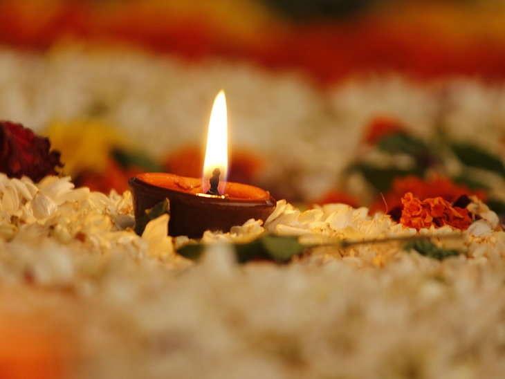 PunjabKesari, Hindu Puja, Special Mantra, Enlightening the Deepak, दीया, दीपक प्रजवल्लित करना