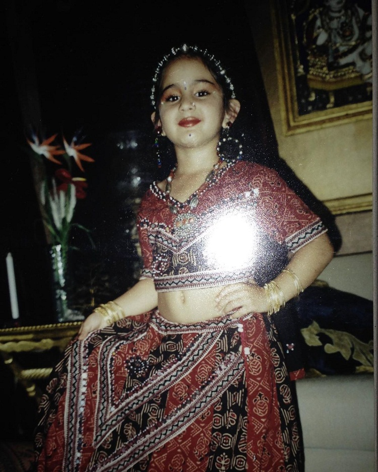 Bollywood Tadka,sara ali khan image,sara ali khan photo,sara ali khan pictures