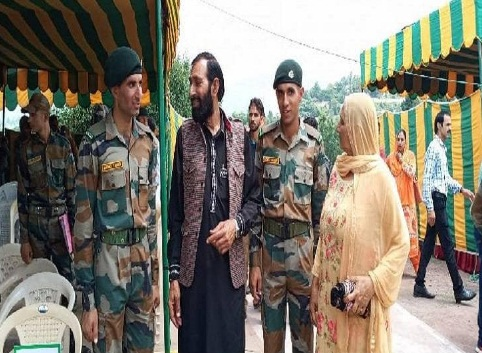 jammu kashmir aurangzeb army mohamed tariq