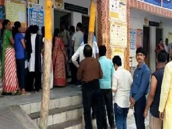 PunjabKesari, Madhya Pradesh News, Jhabua by-election, Assembly by-election, Congress, BJP, Kantilal Bhuria, Bhanu Bhuria, Shivraj Singh, CM Kamal Nath