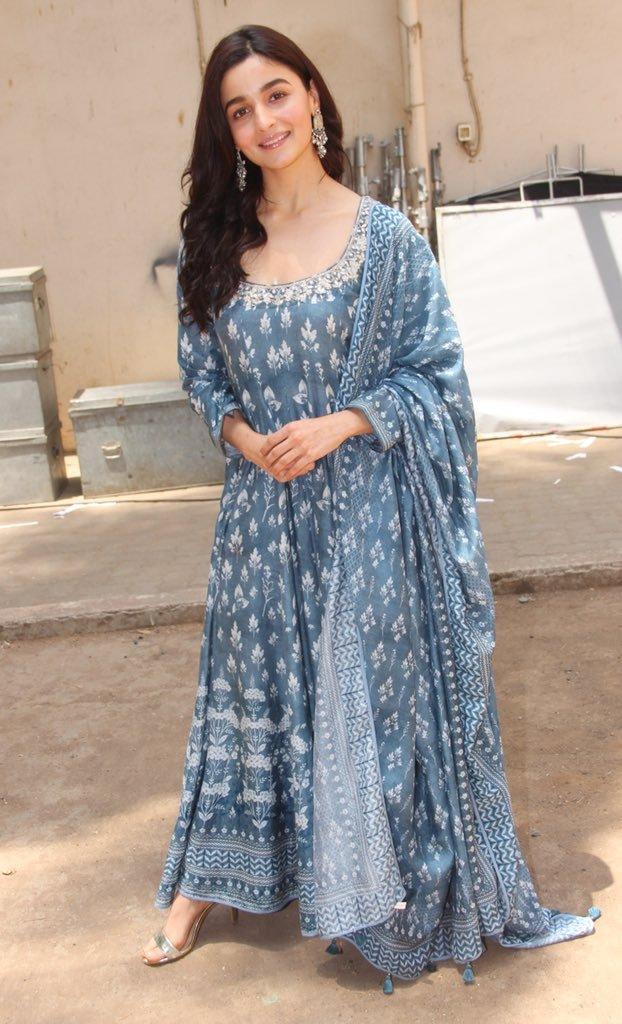 PunjabKesari,Alia Bhatt, Alia Anarkali Suit