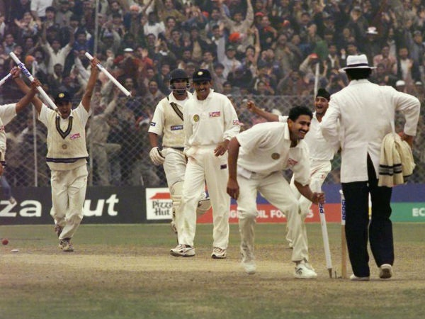 kumble-perfect-10-today-21-years-ago-kotla-broke-spin-of-spin-on-pak