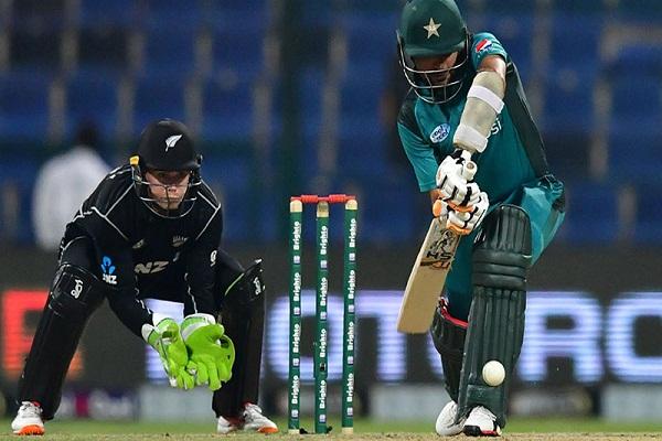 PunjabKesari, sports news, cricket news hindi, Pakistan vs new zeland, 2ODI, Abu Dhabi, Pakistan won,