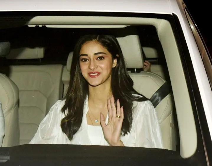 Bollywood Tadka,कलंक स्क्रीनिंग इमेज, कलंक स्क्रीनिंग फोटो,कलंक स्क्रीनिंग पिक्चर