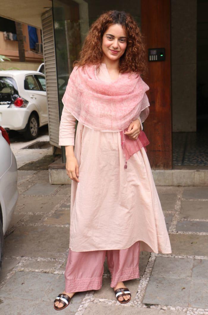 PunjabKesari, Nari, stylish kurtis image, kangana ranaut image, कंगना रनौत की कुर्तीज