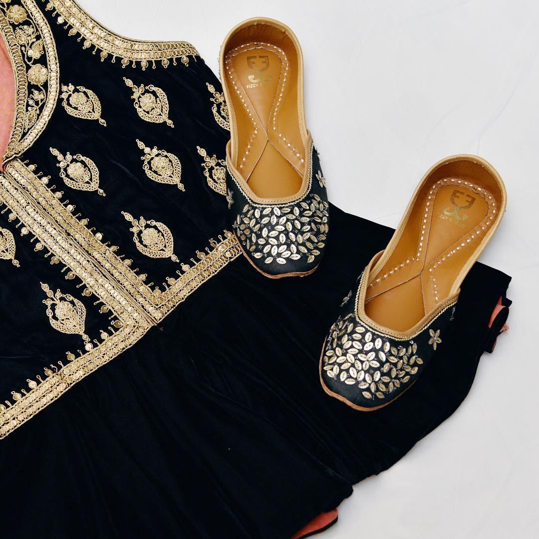 PunjabKesari, Nari, पंजाबी जूती डिजाइन्स इमेज, ब्राइडल फुटवियर्स इमेज,