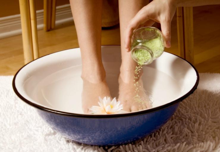 PunjabKesari, Body Detox Image, Foot Detox Therapy Image