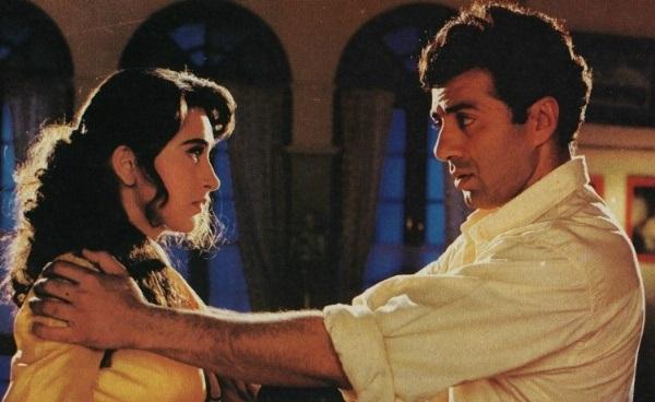 Bollywood Tadka, Sunny And Karishma Images