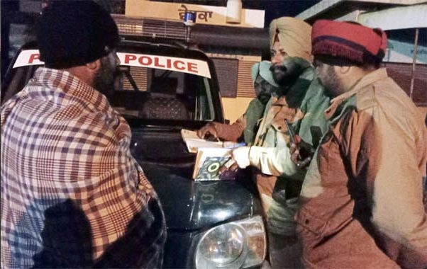 PunjabKesari, 2 died in road accident