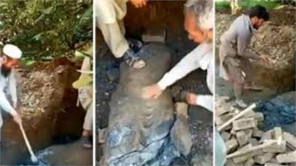 1 700 year old rare buddha statue vandalised in pak 4 arrested