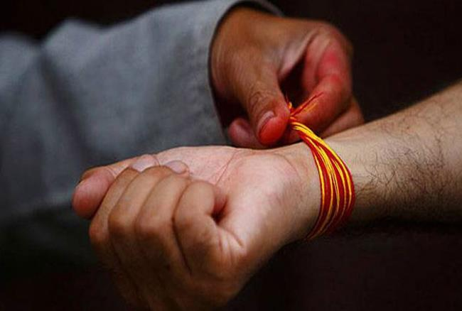 PunjabKesari, Kalaawa, कलावा, मौली, रक्षा सूत्र, mantra of binding the Kalaawa