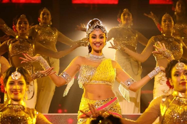 Bollywood Tadka, शिल्पा शेट्टी इमेज, शिल्पा शेट्टी फोटो, शिल्पा शेट्टी पिक्चर, रूपसा बताब्याल इमेज, रूपसा बताब्याल फोटो, रूपसा बताब्याल पिक्चर