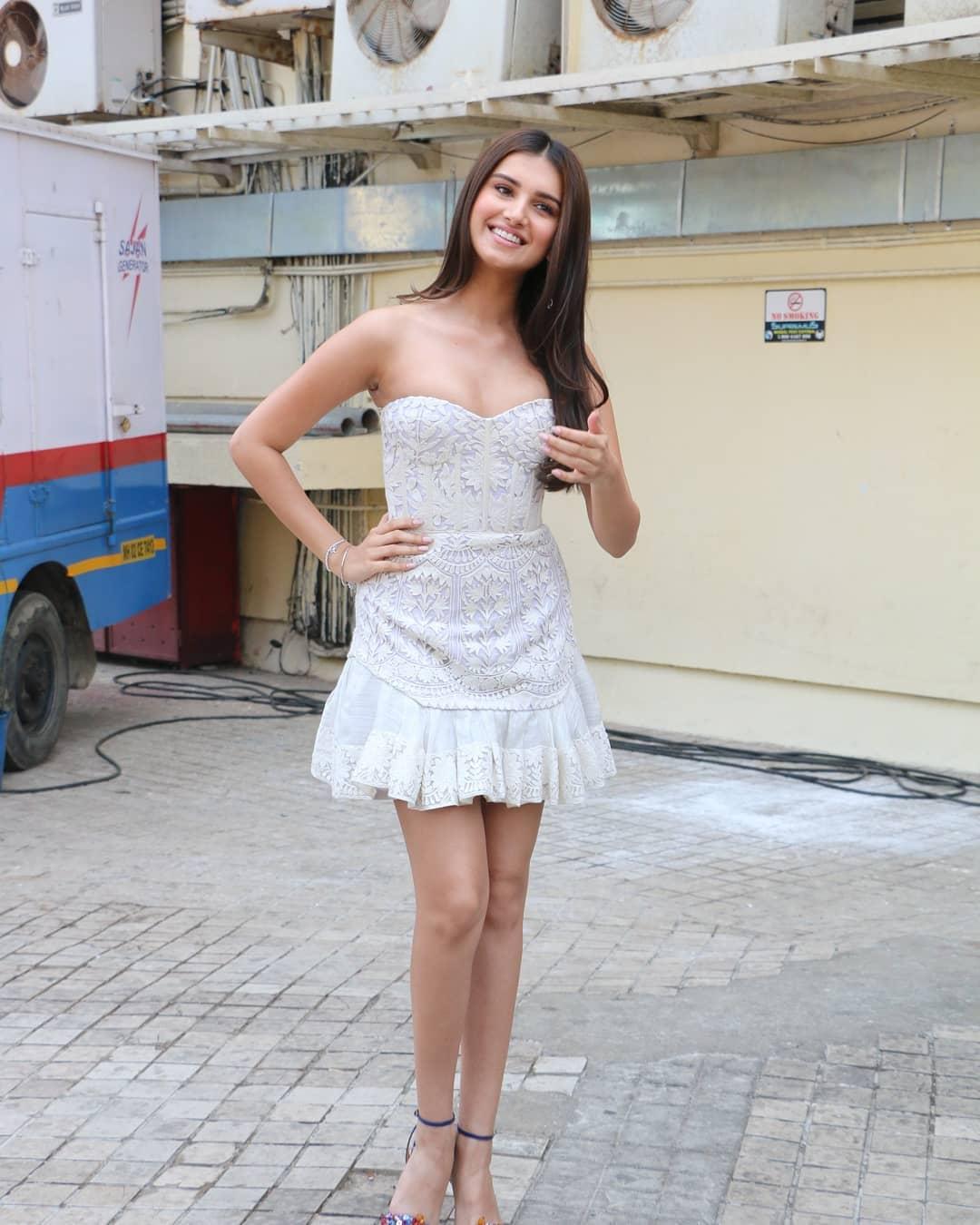 Bollywood Tadka, तारा सुतारिया इमेज,तारा सुतारिया फोटो,तारा सुतारिया पिक्चर,