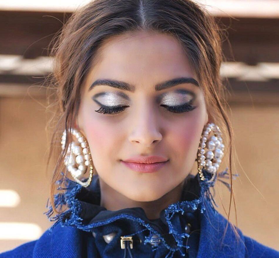 PunjabKesari, sonam kapoor Beauty Secret Image, Bollywood Actress Beauty Secret Image