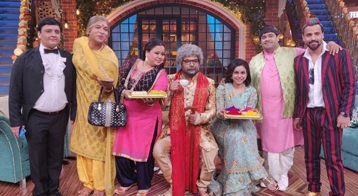 Bollywood Tadka, कपिल शर्मा इमेज, कपिल शर्मा फोटो, कपिल शर्मा पिक्चर, गिन्नी चतरथ इमेज, गिन्नी चतरथ फोटो, गिन्नी चतरथ पिक्चर