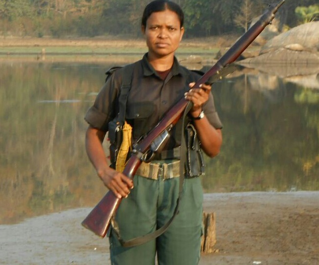 PunjabKesari,Sukma Encounter, Police brother, Naxalite Sister,Nari