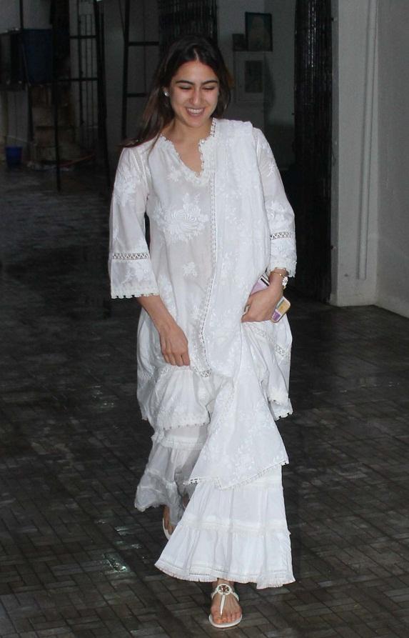 Bollywood Tadka , सारा अली खान इमेज, सारा अली खान फोटो, सारा अली खान पिक्चर