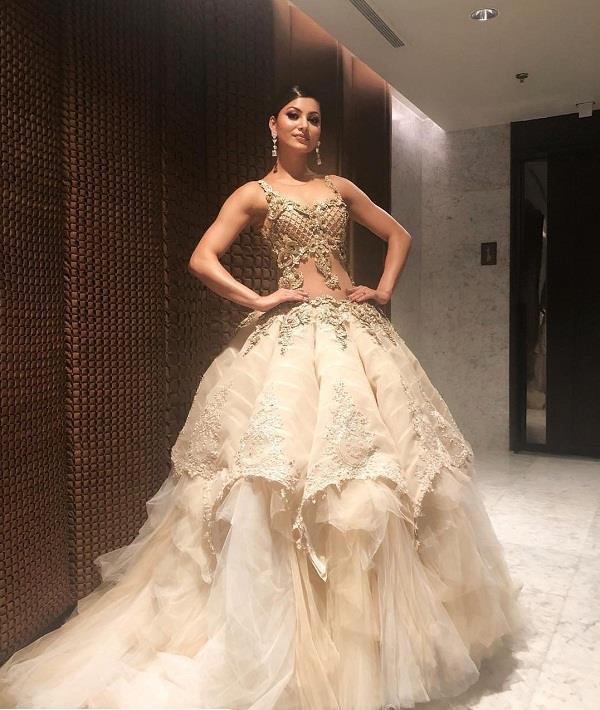 PunjabKesari, Heavy Fairytale gown Design Image ,हैवी फेयरी टेल गाउन डिज़ाइन इमेज