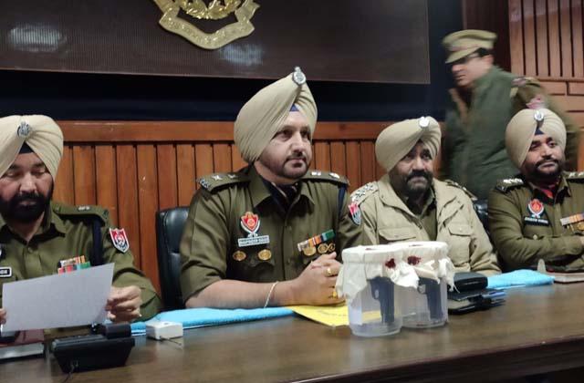 PunjabKesari, Came to kill gangster, young man was shot dead