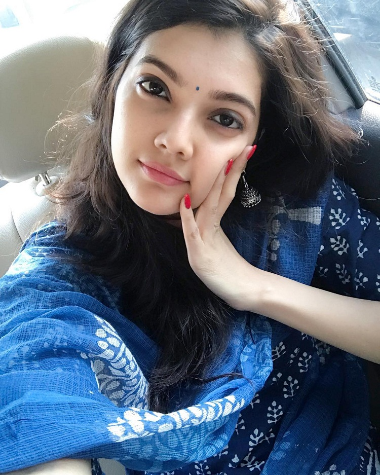 Bollywood Tadka,Ashrita Shetty images, Ashrita Shetty photos, Ashrita Shetty picture,