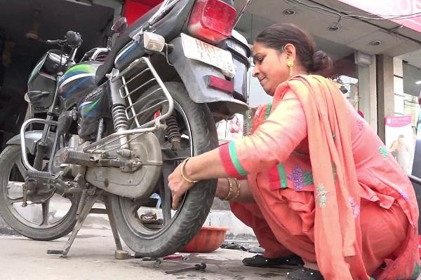 PunjabKesari, women day special