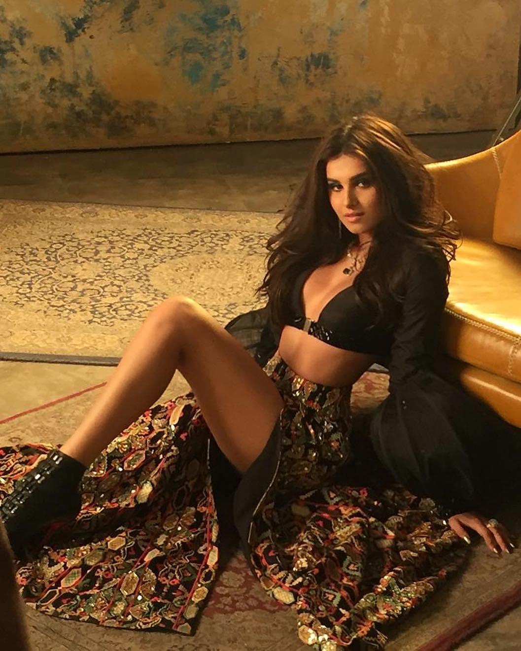 Bollywood Tadka,तारा सुतारिया इमेज,तारा सुतारिया फोटो, तारा सुतारिया पिक्चर