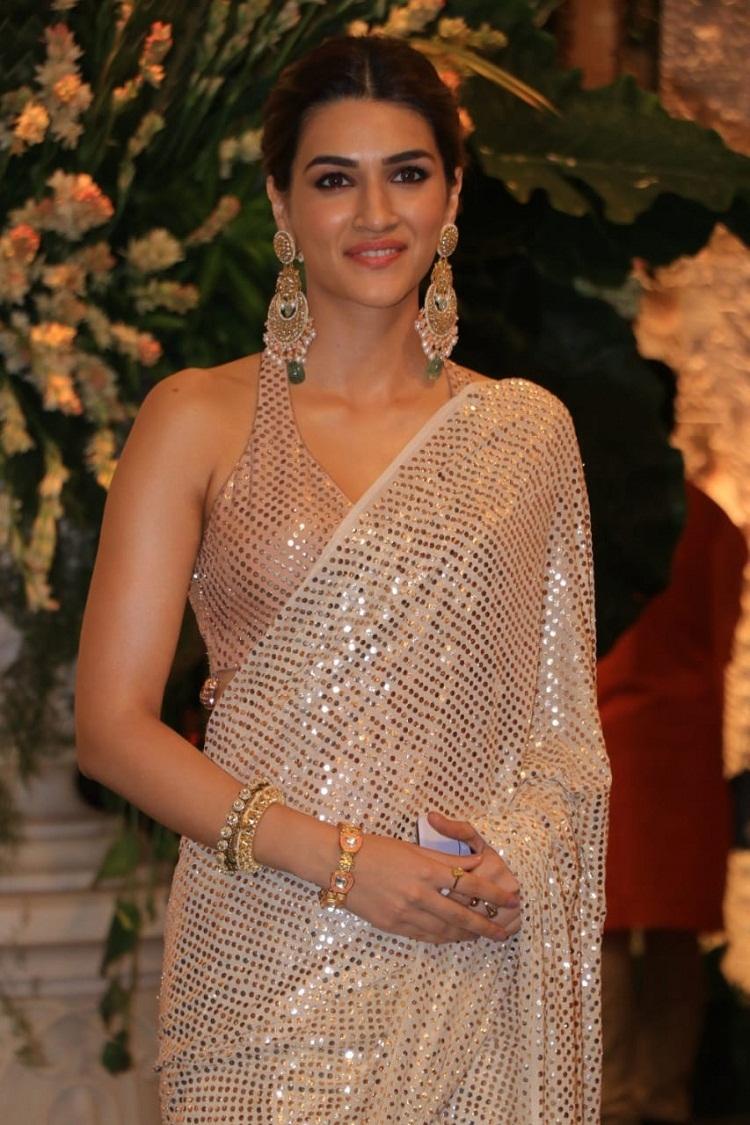 Bollywood Tadka,कृति सेनन फोटो, Kriti Sanon HD Photo,kriti sanon cute photos