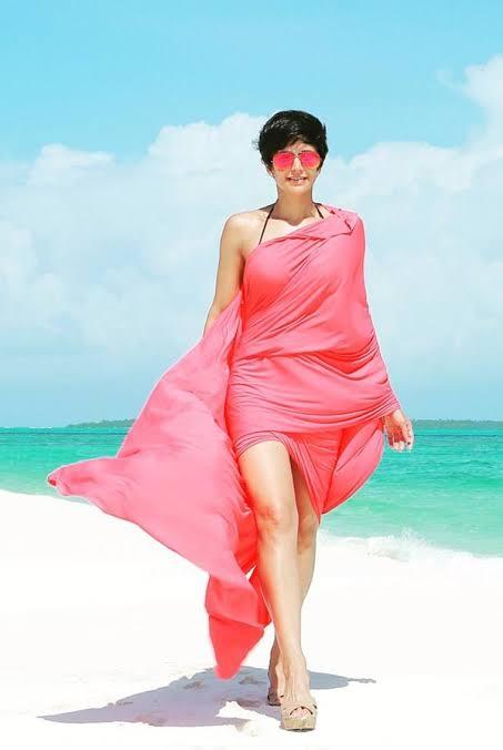 Bollywood Tadka, Mandira Bedi Images