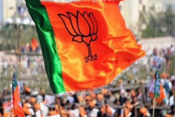 PunjabKesari, BJP MPs claim, despite defeat, still ahead of 17 Lok Sabha seats