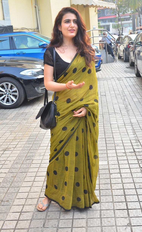 Bollywood Tadka,fatima sana sheikh image, fatima sana sheikh photo, fatima sana sheikh pictures