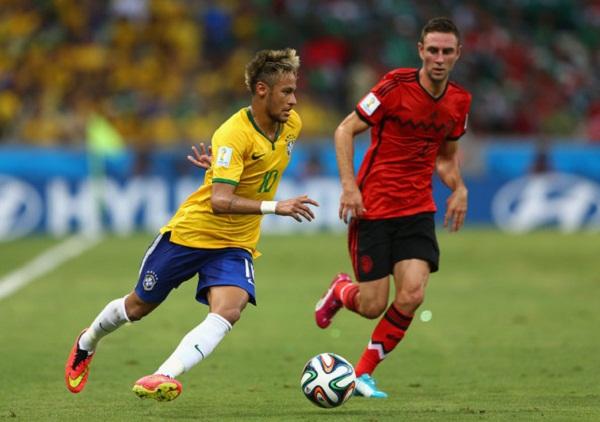 Football news in hindi, Brazil Star Footballer, Neymar, last FIFA World Cup, struggling, two injuries