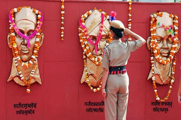 PunjabKesari, Coronavirus: Canceled train once a year on Martyrdom Day