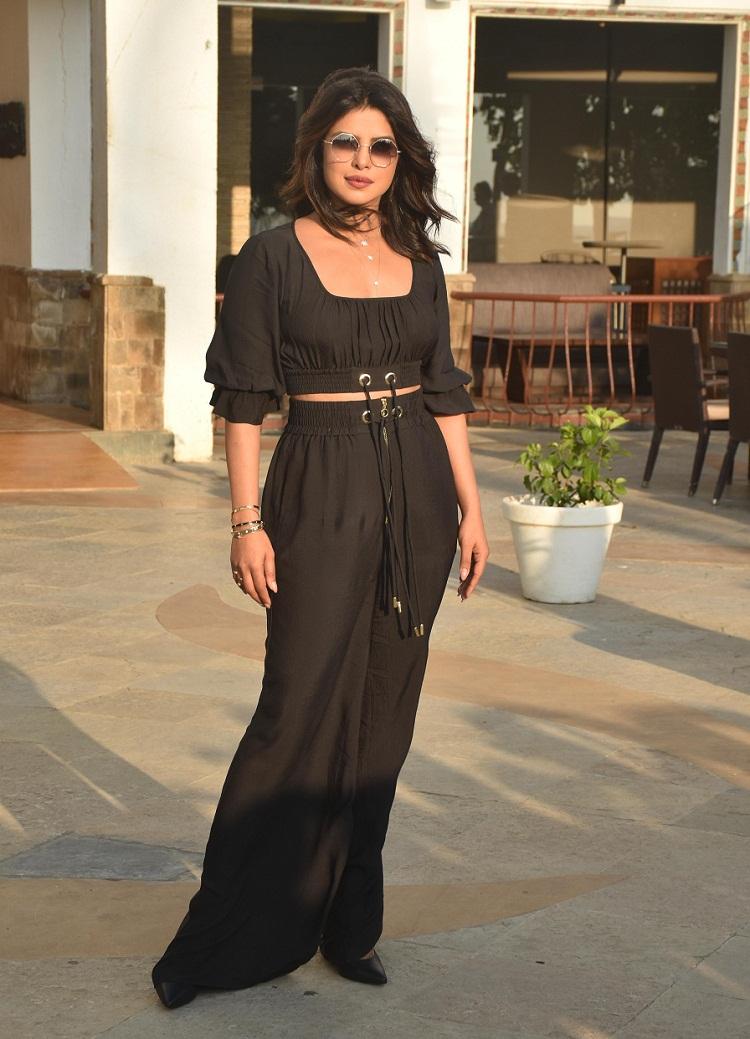 Bollywood Tadka,priyanka chopra image, priyanka chopra ki photo, priyanka chopra picture,