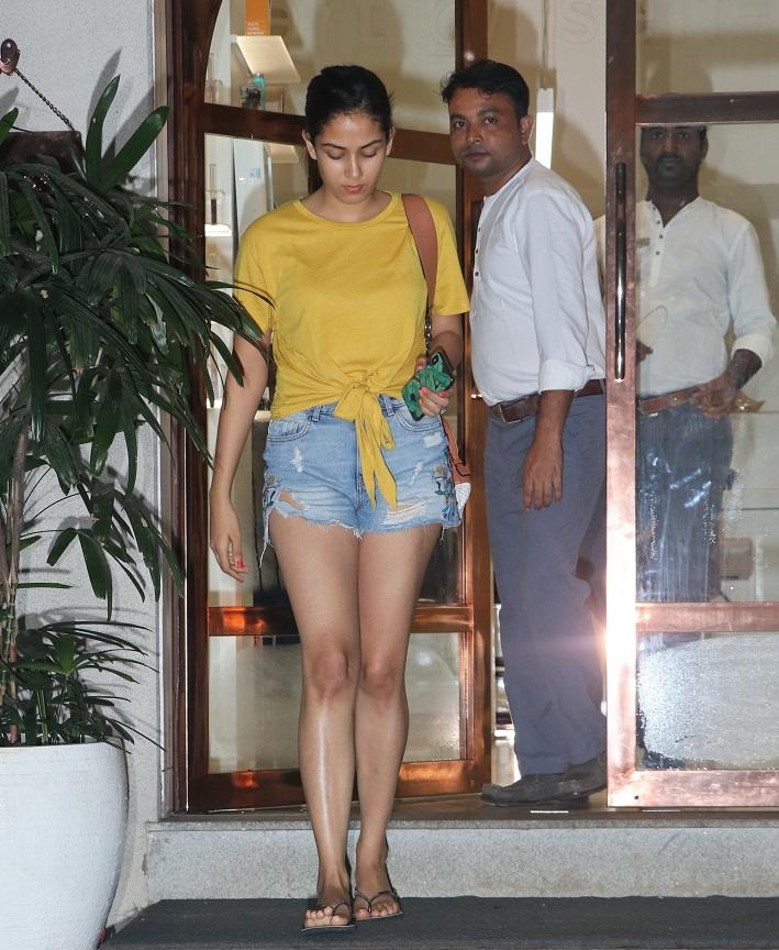 Bollywood Tadka,मीरा राजपूत इमेज,मीरा राजपूत फोटो,मीरा राजपूत पिक्चर,