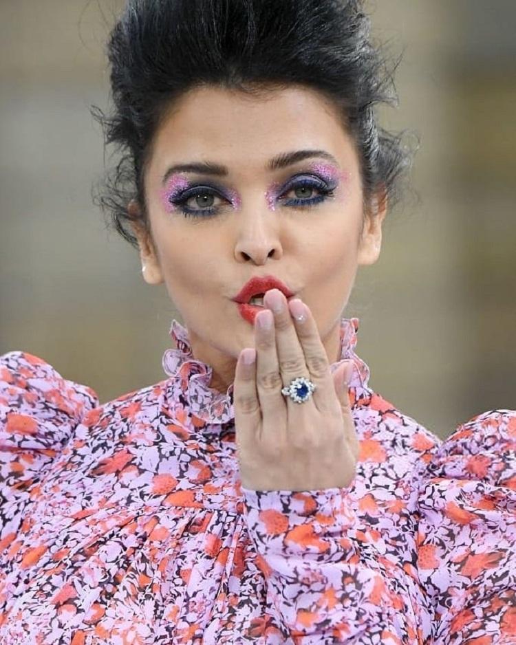Bollywood Tadka, Aishwarya Rai bachchan image, Aishwarya Rai bachchan photos, Aishwarya Rai bachchan pictures